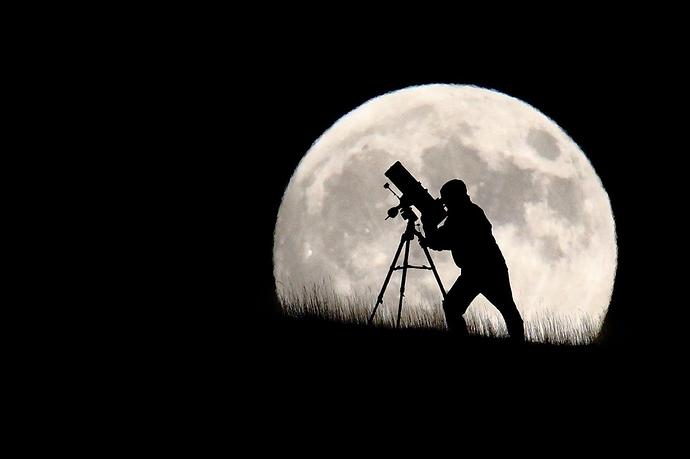 moon..1g--